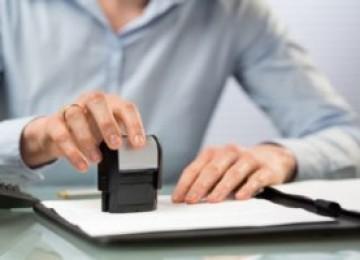 Какие расходы несет покупатель при покупке квартиры, кто оплачивает договор купли продажи квартиры продавец или покупатель