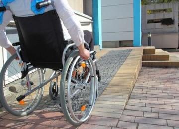 Образование детей-инвалидов: льготы и компенсации, формы обучения и способы организации процесса, необходимые документы