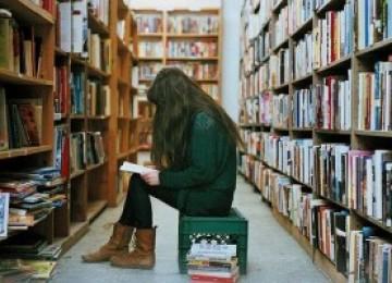 Возврат книги в магазин: сроки и правила возврата, особенности и условия, права потребителя и законы